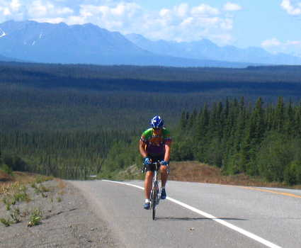 cyclist going to sheep mounatin