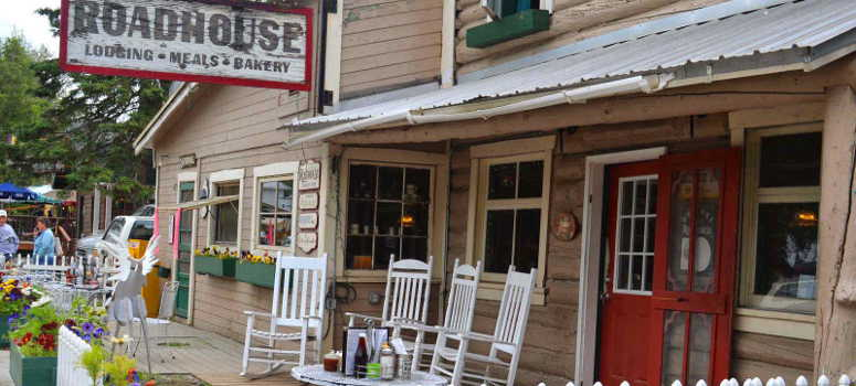 historic roadhouse in talkeetna